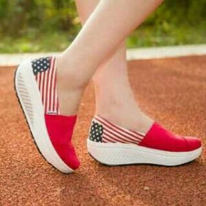 Sepatu Wanita Kets Wedges Usa Af02 Merah