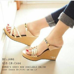 Sepatu Wanita Wedges Tali Emas G10
