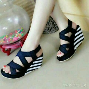 Sepatu Wanita Wedges Belang Yd20