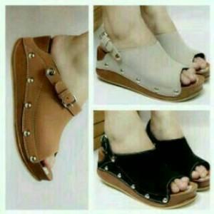 Sepatu Wanita Wedges Kicker Gv12