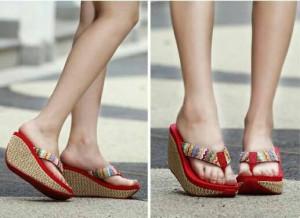 Sepatu Wanita Sendal Wedges Vc44 Merah