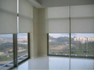 Roller Blinds / Gorden