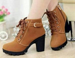 Grosir Sepatu Wanita Murah - Boots Heels Tan Gesper BT02
