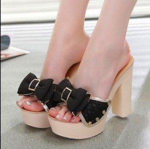 Grosir Sepatu Wanita Murah - High Heels Pita Brukat HJ18