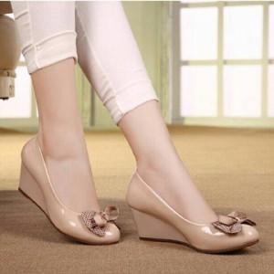 Grosir Sepatu Sandal Wanita Murah - Wedges Pantopel Polkadot Cream