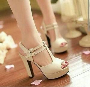 Grosir Sepatu Wanita Murah - High Heels Cream AC016