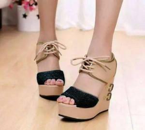 Grosir Sepatu Sandal Wanita Murah - Wedges LD03 Hitam