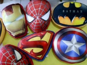 Bantal Superhero Logo Murah