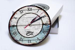 jam dinding VINTAGE kayu classic dengan design modern dan keren