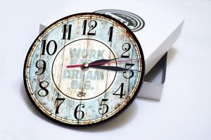 jam dinding VINTAGE kayu classic dengan design modern