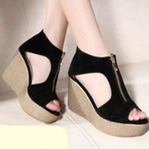 Sepatu Wanita Wedges Murah Resleting Sdw76 Hitam