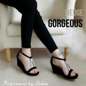 Sepatu Wanita Wedges V - 918 Hitam