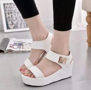 Sepatu Wanita Wedges T135 / Wedges Platform Korea -1057 Putih