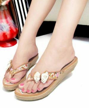 Sepatu Wanita Sendal Flat Wedges Jepit Pita Coklat