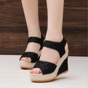 Sepatu Wanita Sendal / / Wedges Brukat Tali 8Cm Hitam