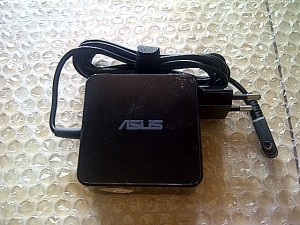 ADAPTOR CHARGER ASUS X453 X453M 19V 3.42A