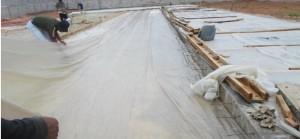 Plastik Pe Penutup Tanaman / Bibit /Pe Cor Ukr 0,08 X 80cm X 25m