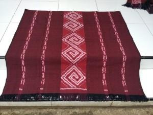 kain tenun Toraja istimewa