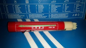 Red Hand Flare HW36 / Hand Flare / Red Flare