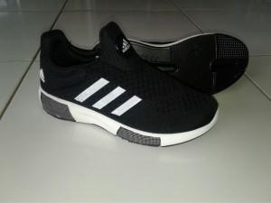 sepatu olahraga casual fitness jogging size 40-45