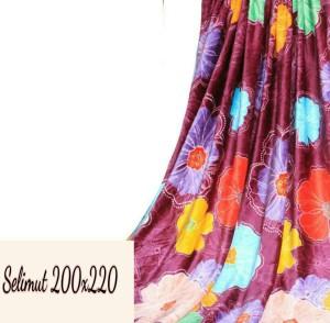 Selimut bulu flower violet 200x220