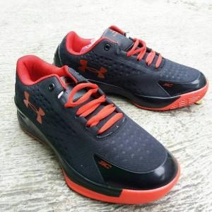 Sepatu Basket/Sneakers Under Armor 3C Curry Man import Black Red.