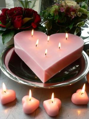 LILIN LOVE UNIK DAN ROMANTIS BESAR (Skala Kue Ulang Tahun)