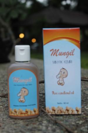 jual minyak kemiri bayi asli | penumbuh rambut bayi efektif Gambar Minyak Kemiri Untuk Bayi