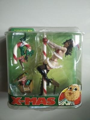 Mrs. Claus | Twisted X-Mas | TRI Card