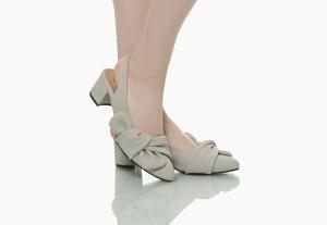 sepatu abu wanita empuk dipakai anti lecet