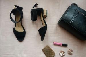 sepatu wanita bludru