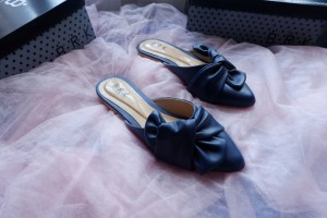 mule sandal pita navy