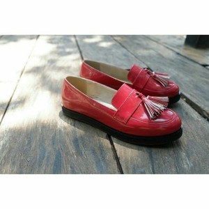 vintage red shoes comfy