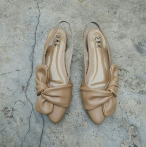 sandal pita empuk