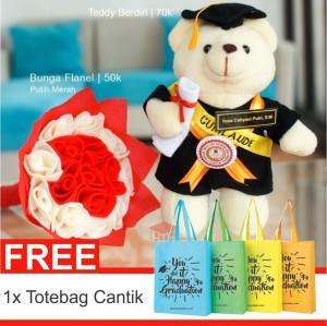 Buket Bunga dan Boneka Teddy Bear Wisuda