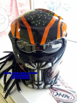Helm Predator Taring