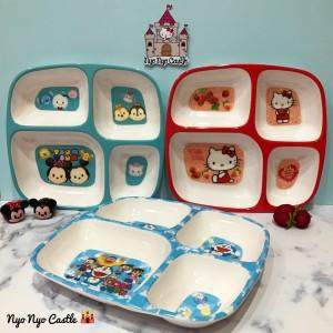 Piring Makan Anak Sekat Large Melamin Tsum Tsum, Hello Kitty, Doraemon