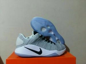 9a914a7b4586 ... get sepatu basket nike hyperdunk low flynikt oreo replika import 33383  61fcc ...
