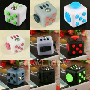 Fidget cube finger gadget kubus clicker toy