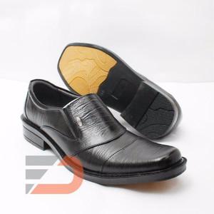 Sepatu Pantofel, kulit asli - DCollection 2016