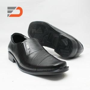 Sepatu Pantofel, kulit asli - DCollection 105