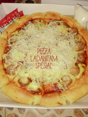 Jual Pizza Spesial Black Paper Kab Bekasi A Amp W Pizza N Cakes Tokopedia