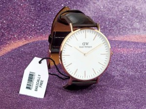Jam Tangan Pria/Wanita Merk Daniel Wellington Type: 00000