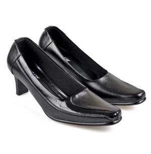 Sepatu Formal / Pantofel Wanita - HNC 692
