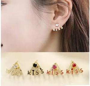 Anting Kiss / Korean Earring Kiss