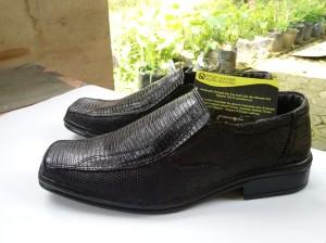Sepatu Pantofel Kulit Biawak Asli Awet Elegan dan Fashionable