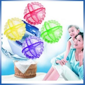 Bola Karet Pencuci Baju (Laundry Ball / Washing Machine Ball)