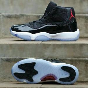 ... dunk nike b02c5 45d69 sepatu basket nike air jordan 11 HITAM PUTIH  high  Sepatu Basket Grade Original ... 365a0048a0