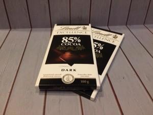 Lindt Excellence Chocolate Dark Cocoa 85% Coklat Bar