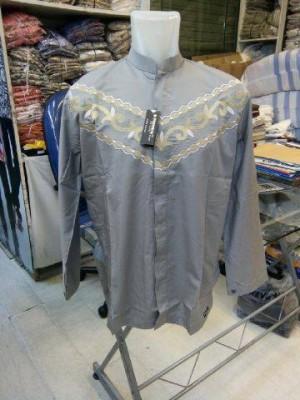 fashion baju koko putih moderen